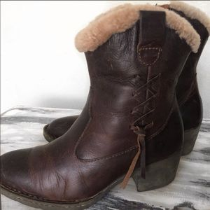 """Born Shoes - BORN WESTERN SHEARLING ANKLE BOOTS SZ 6  8.5"""""""